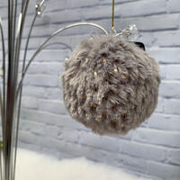 Plush Hang Bauble W/Dots - Silver Grey